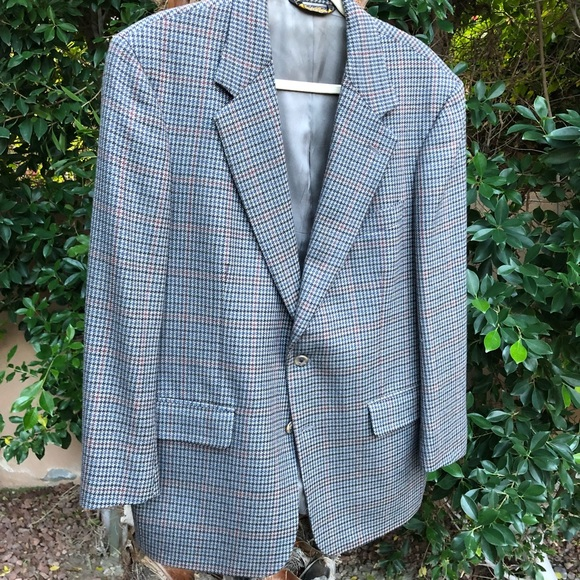 d3d9bf951 ✨HP!✨Brooks Brothers Wool Houndstooth Sportcoat✨